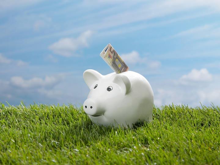 Keine Zinsen für Sparer - Foto: MEV-Agency